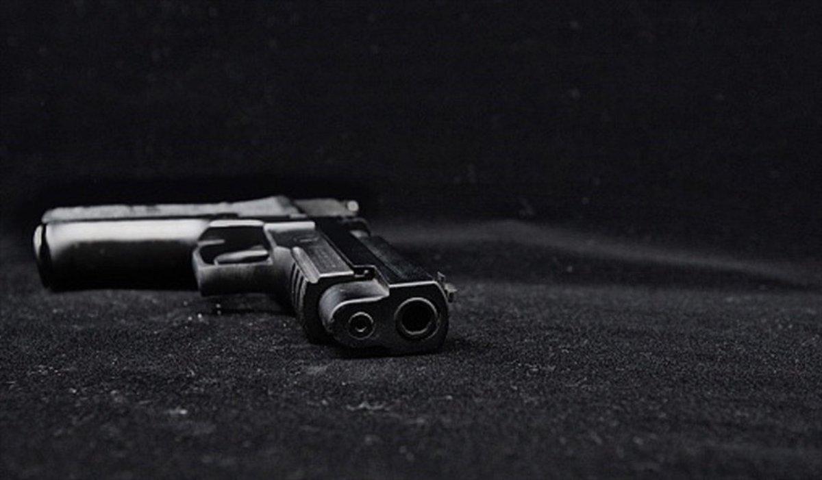 Armas de fuego y municiones fueron encontradas en un bus afiliado a la misma empresa a la que pertenecía el vehículo que explotó en el sur del Cauca. Escuche esta y otras noticias en #Las50W http://bit.ly/2WW0lGLpic.twitter.com/nDqTgKLrAM