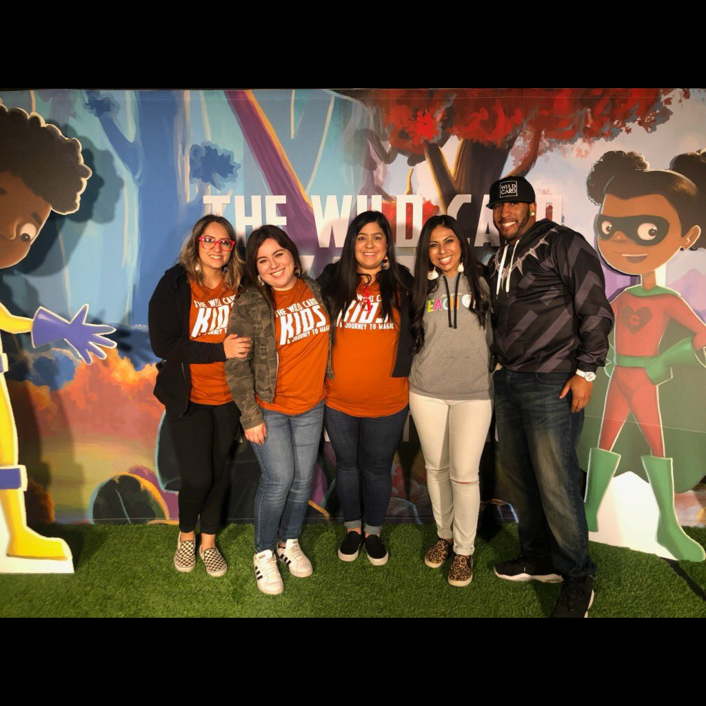 #Throwback to one month ago when I got to celebrate education with some of my fellow Crane Family, at @getyourteachon! #getyourteachon #wearecrane <br>http://pic.twitter.com/bOhRmx7k0y