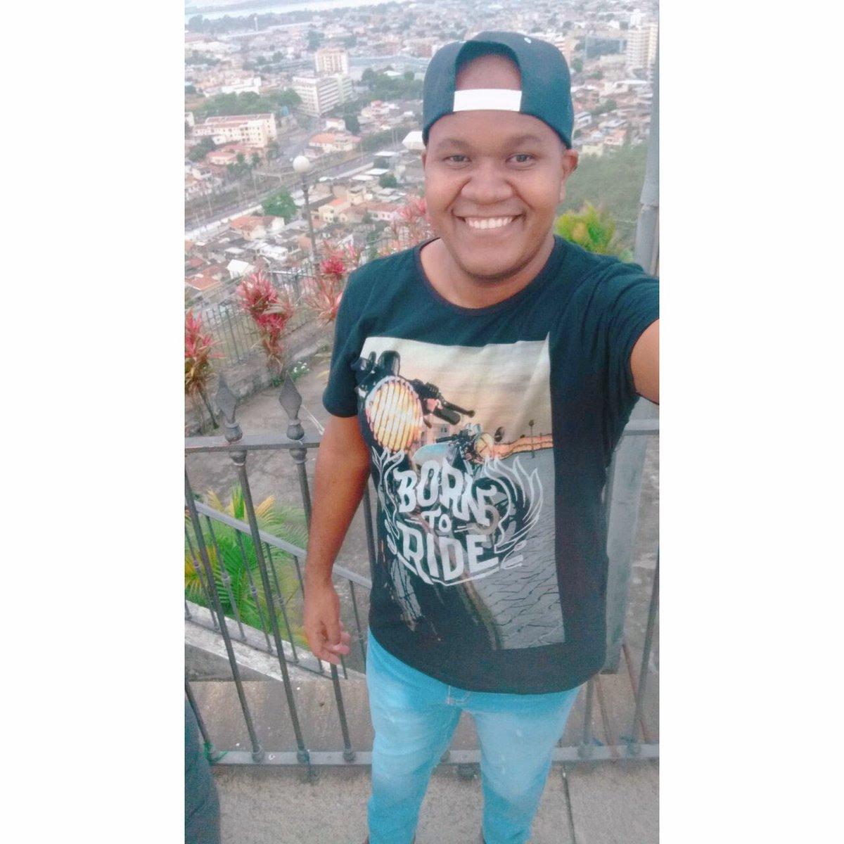 Tbt de hoje ... #tbt #gay #boy #Instagram #likeforlike #Bears #favela #RJ #GoodVibes #gordinho #kisses