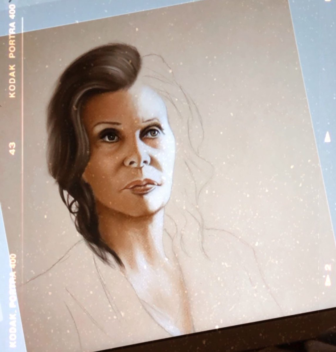 In honor of The Life Ahead, the upcoming Netflix movie starring Sophia Loren and directed by @EdoardoPonti, I'm working on a little drawing. So incredibly excited to see it!  @NetflixNL @NetflixFilm @NetflixIT @netflixpic.twitter.com/LmyzRIRYlH
