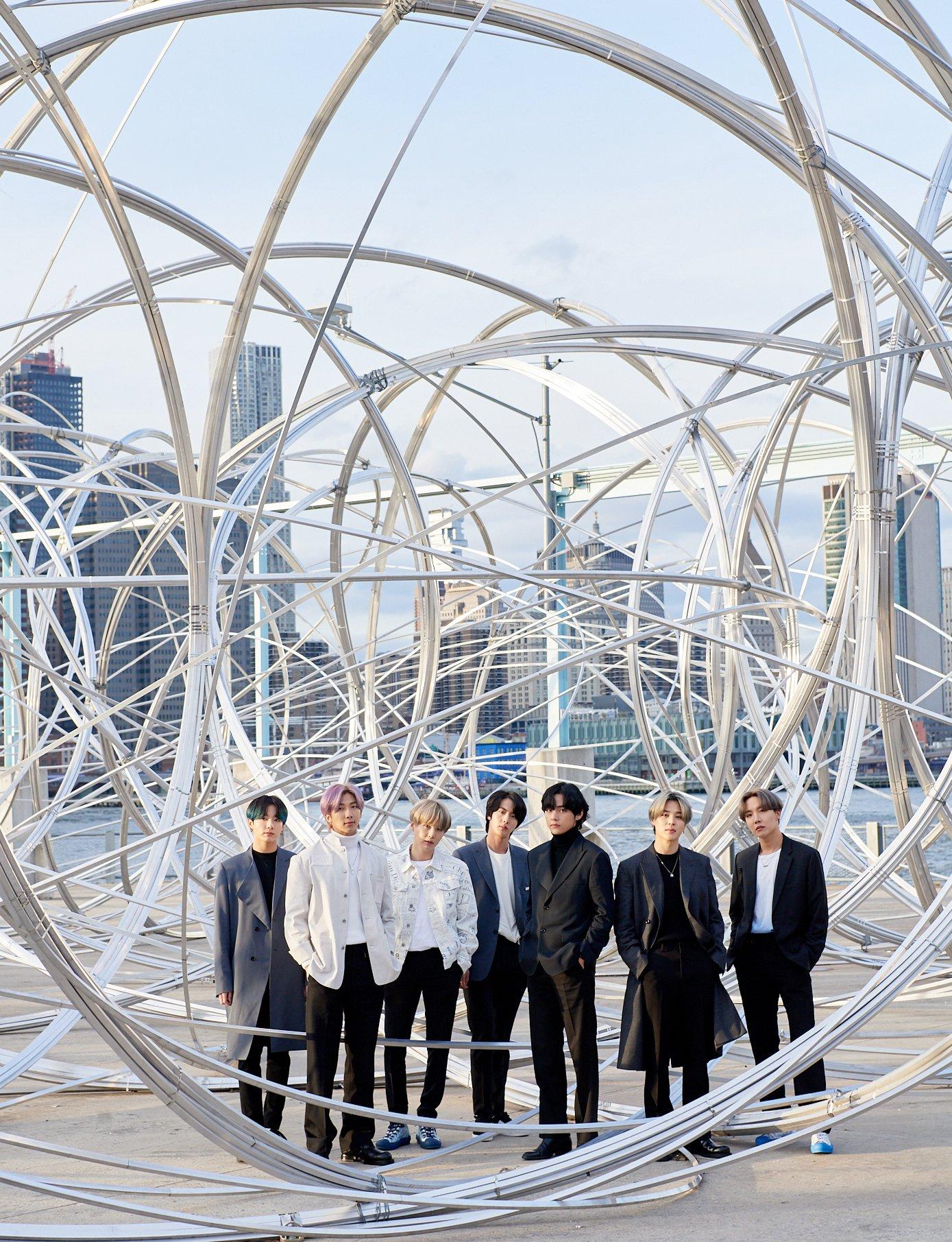 """BTS """"ON"""" Dirilis Lebih Awal di TikTok, ARMY Kompak Ikutan #ONChallenge ©BTS"""