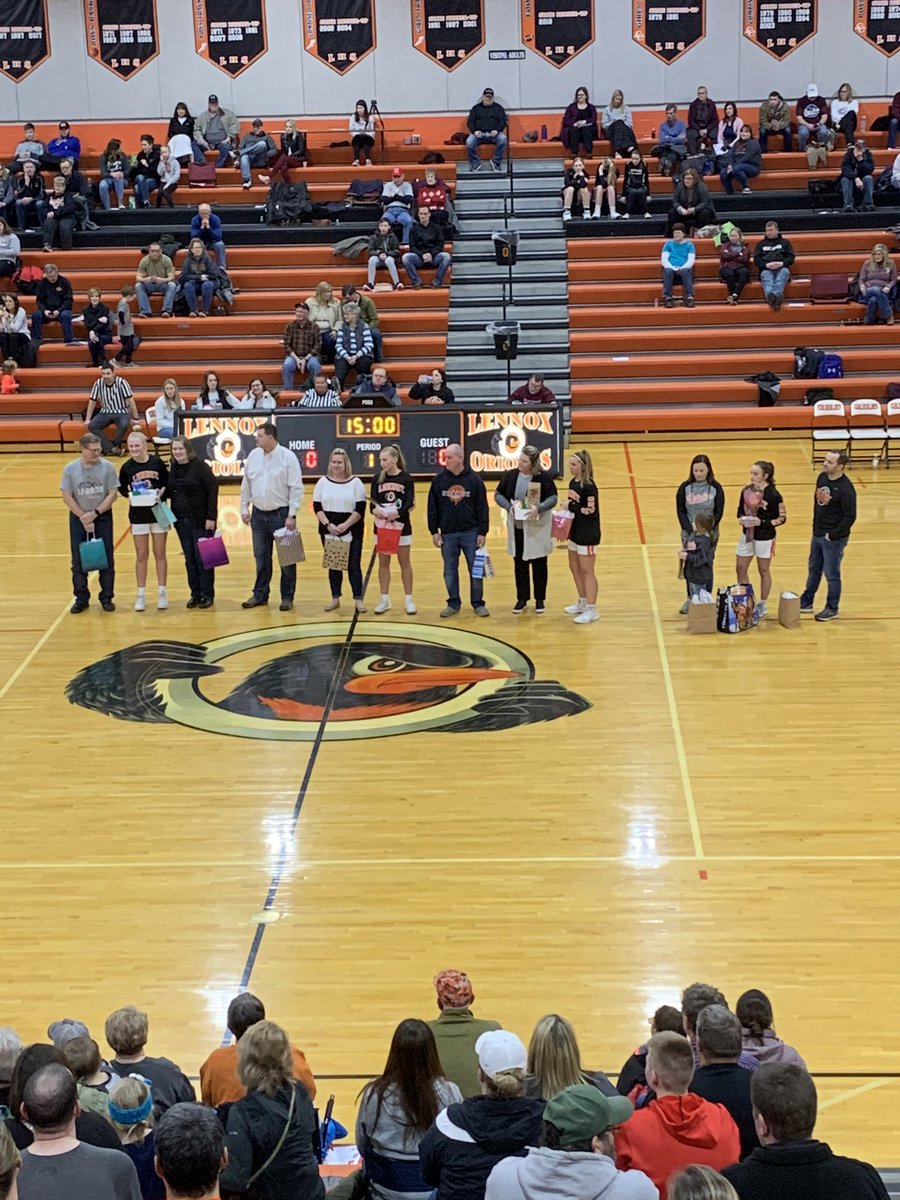 Girls Basketball Senior Night. Thanks to them and their parents for their time and time.pic.twitter.com/YiYAXnWvlu