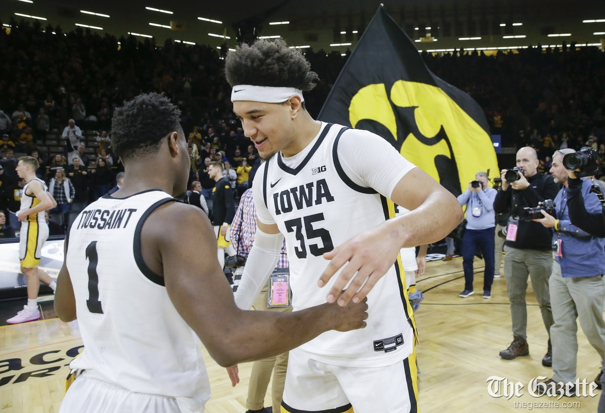 Iowa Hawkeyes handle Ohio State Buckeyes 85-76 in Big Ten Conference mens basketball Photos: thegazette.com/subject/sports… @CRGazetteSports