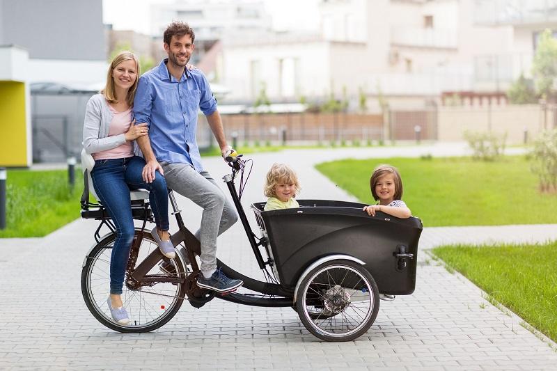 Paramedic Electric Bikes: The New Way of Saving Lives   #ParamedicElectricBikes   #ElectricDeliveryVehicle #DeliveryVehicle #CargoEBikes #ElectricCargoBike   https://bit.ly/2HGb0iapic.twitter.com/XzXQ1QQ4sy