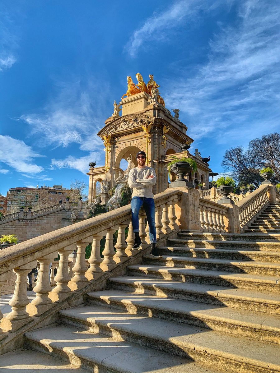 I see skies of blue and clouds of white Bright sunny days, dark sacred nights And I think to myself, what a wonderful world . #parcdelaciutadella #barcelona_turisme #larambla #espanya #sunnyday #bluesky #whiteclouds #wonderfulworld #barcelona #bcnfood #ramblaspic.twitter.com/aYXy8lbXKX