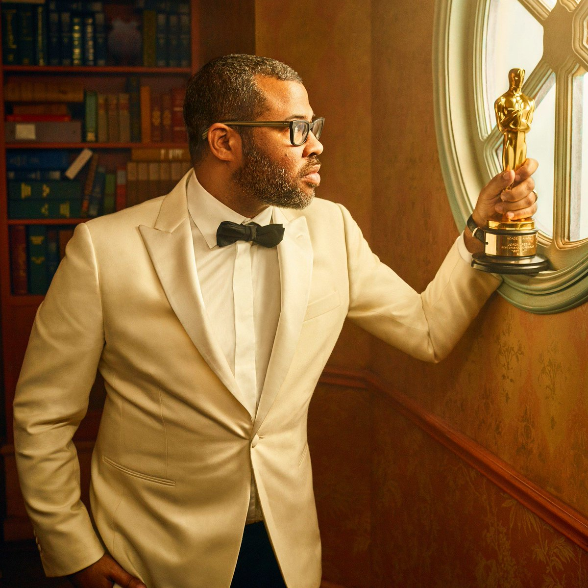 In 2018, #JordanPeele became the first African-American screenwriter to win the #AcademyAward for #BestOriginalScreenplay. He won the award for #GetOutpic.twitter.com/X7xUDr2HRY