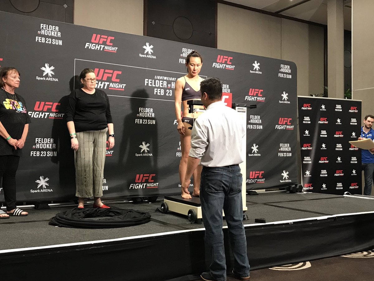 Yan Xiaonan is 11-1 (1 NC) and hasn't lost since 2010. She hits the wsw limit for #UFCAuckland at 116