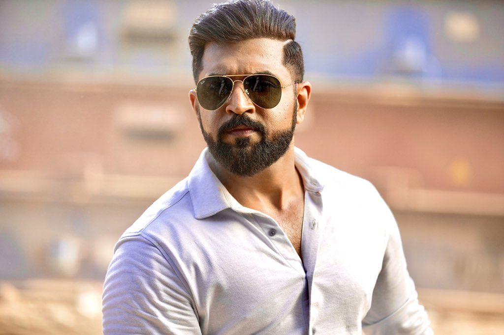 #Mafia #MafiaFromToday  /5   @arunvijayno1 proves again why he is one of the finest.   @Prasanna_actor has dones the protagonist role with class.   @karthicknaren_M brilliant job..   @LycaProductions @priya_Bshankar @Lyricist_Vivek @JxBe @DoneChannel1pic.twitter.com/F6VSz49o2Z