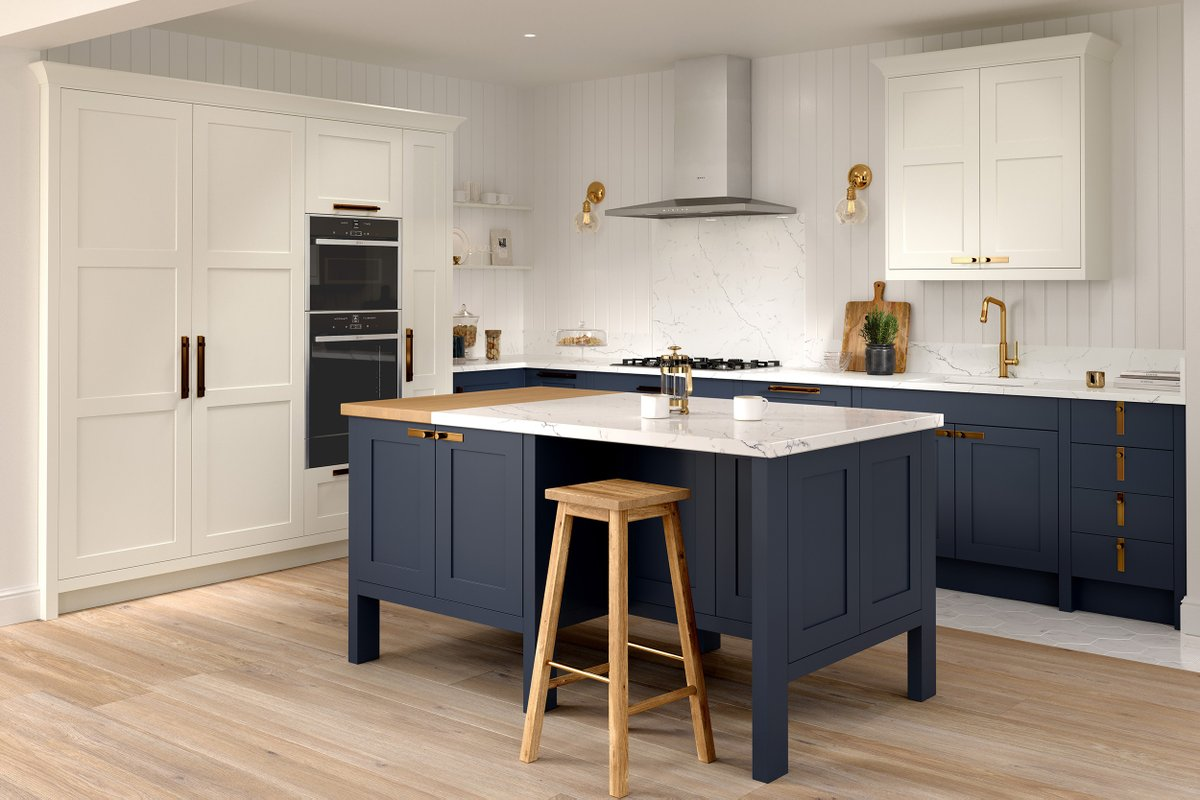 The #kitchen is the heart of the home and we all deserve the perfect one! 😍Cricklewood Kitchens makes #stunningkitchens designed bespoke for your home to match your #lifestyle, find out more in the current issue.📸 Cricklewood Kitchens  #kitchendesign #kitcheninspiration