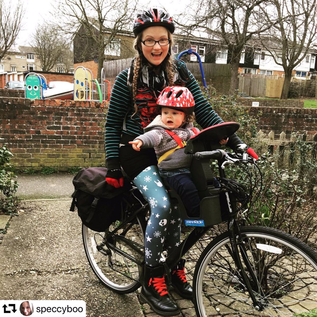 Thank you @speccyboo for letting us #repost your #WeeAdventures 💗🚲💗 ・・・ She loves the #bike so much she had a screeching tantrum when we got home 🙈 #baby #cycling #weeride #babyseat #wintercycling #allthelayers #cyclingmum #cyclingfamily #cyclingwithbabies #fridayfeeling
