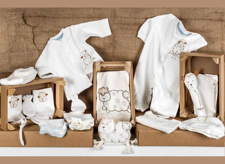 Hastaneden çıkarken bebeklerinizi Flexi Baby ile sarıp sarmayalım.  1000'den fazla ürün seçeneği ile hizmetinizdeyiz.  #flexibaby #bebek #hastaneçıkışı #yumuşaklık #baby #bebegiyimi #bebekgiyim #bursabebekgiyim #bebekgleiyor #çocukarabası #hoşgeldinbebek #babykids #fcbebe
