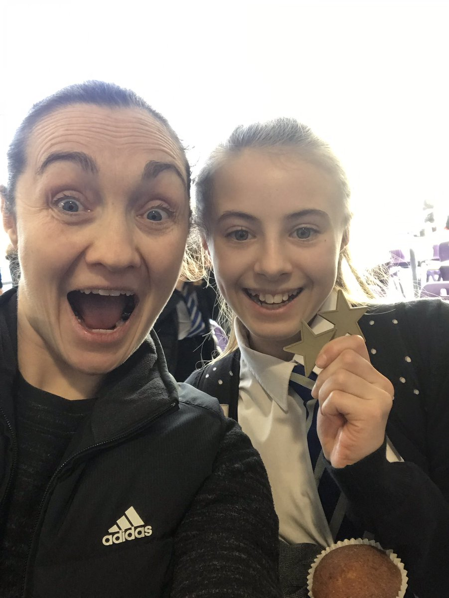 A wee Friday shout out to this wee legend Chrissy Williams! Doing amazing things out side of school with her gymnastics and racking up 2 GOLD STARS for going above and beyond #proudofyou #monthefruin