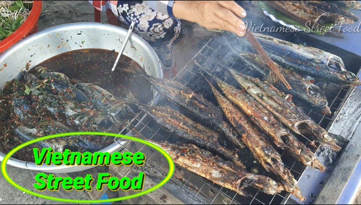https://www.youtube.com/watch?v=n-BdT-Iz72s&list=PLW3pB7Nr021lK71JeiX1WmWAGal_GR-Nk… #Streetfood #Vietnamfood #Foodpic.twitter.com/hvhaAbTfen