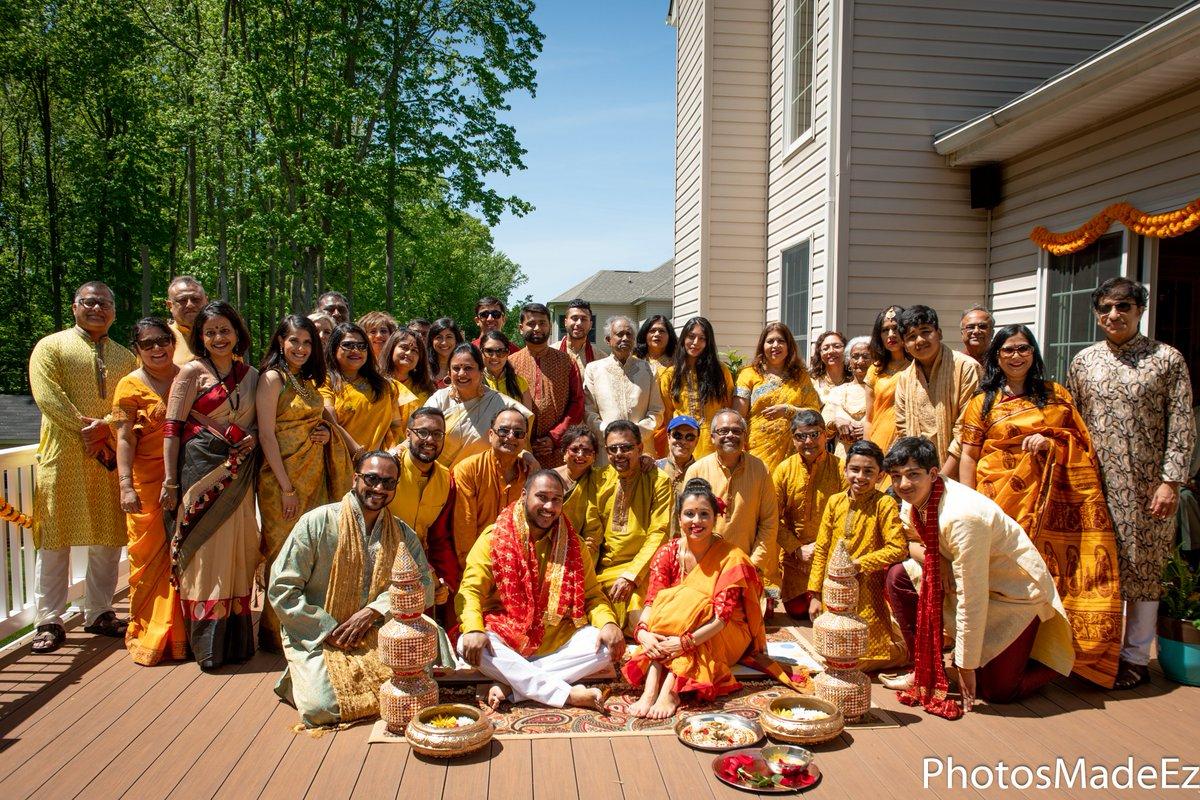 #bengaliwedding #eventila #arshiachatterjee #allaboutbengaliwedding #brideandgroom #mixedwedding #holud #haldi #arshiaandneil #weddingphotography #weddingcoordinator #weddingplanner  #indianweddingphotographer #desiwedding #naturalmakeup #portrait #tumhihoevents #mixedweddingpic.twitter.com/FvPckB1qhE