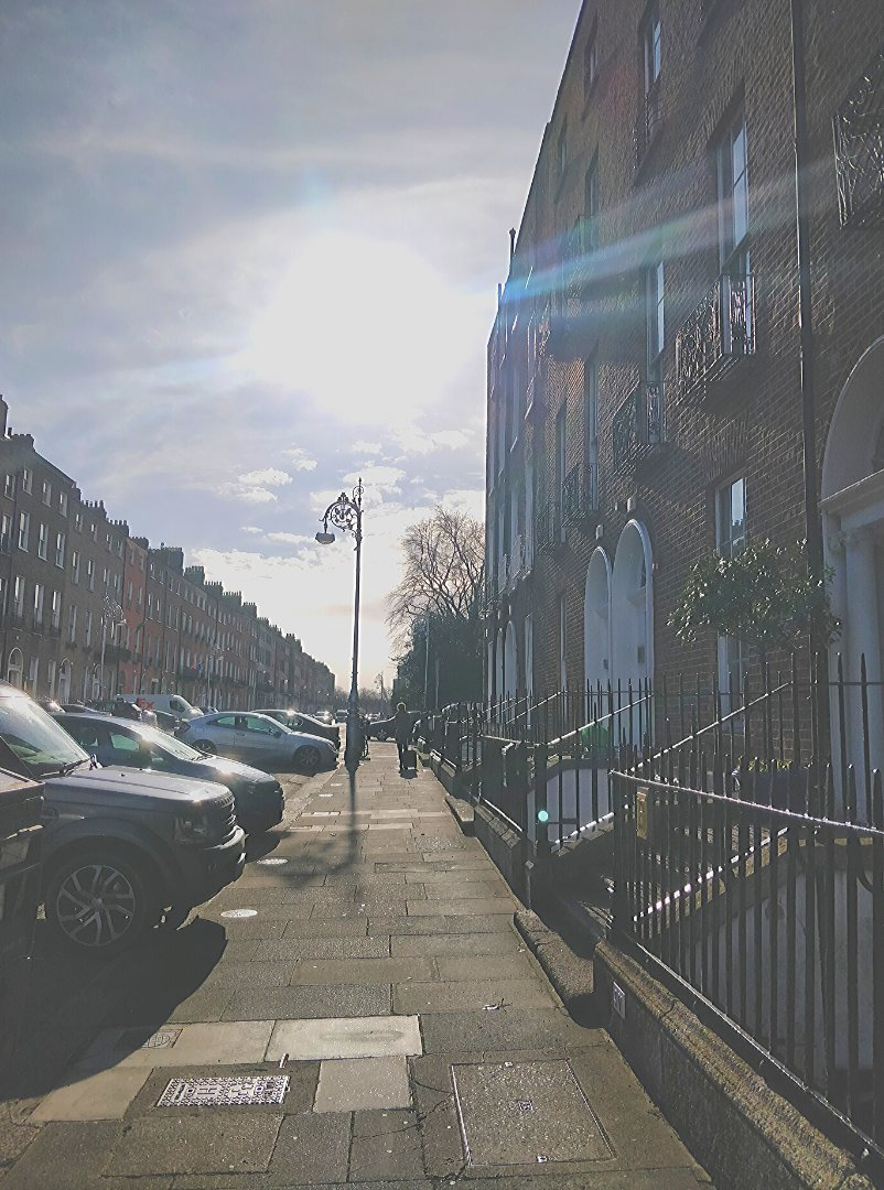 The calm before #StormEllen in Dublin City at our NEW OFFICES!! Alongside our Balbriggan and Manchester offices we now have a new space at 16 Fitzwilliam St Lwr. We're so excited to welcome clients at the central location #DublinCity #NewOffices #powersystems #electricalengineers pic.twitter.com/iglmuvnpo9
