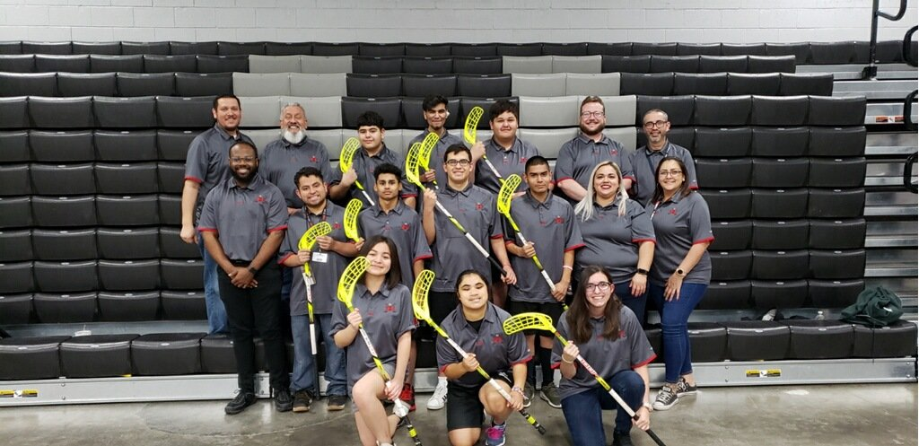 These golden knights ⚔are ready to represent the Kingdom 🏰 and the 915 #SOTX #ElPasoStrong #KingdomOfChampions @YsletaISD #TheDistrict https://twitter.com/KFOX14/status/1230871999565770752…