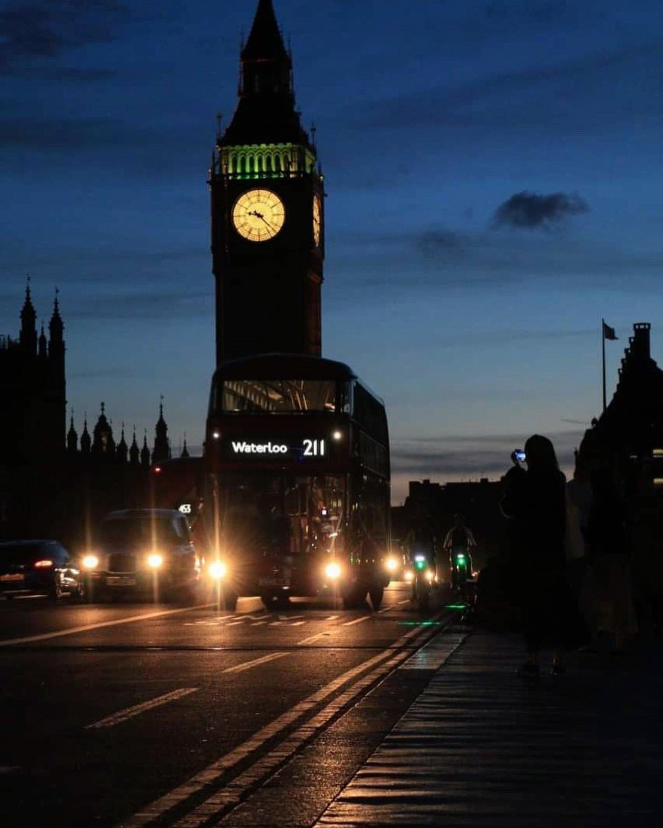 Pura magia #London #bigben #remember #travel #photography #photo #canon #canonphotography pic.twitter.com/c889BLXZdY