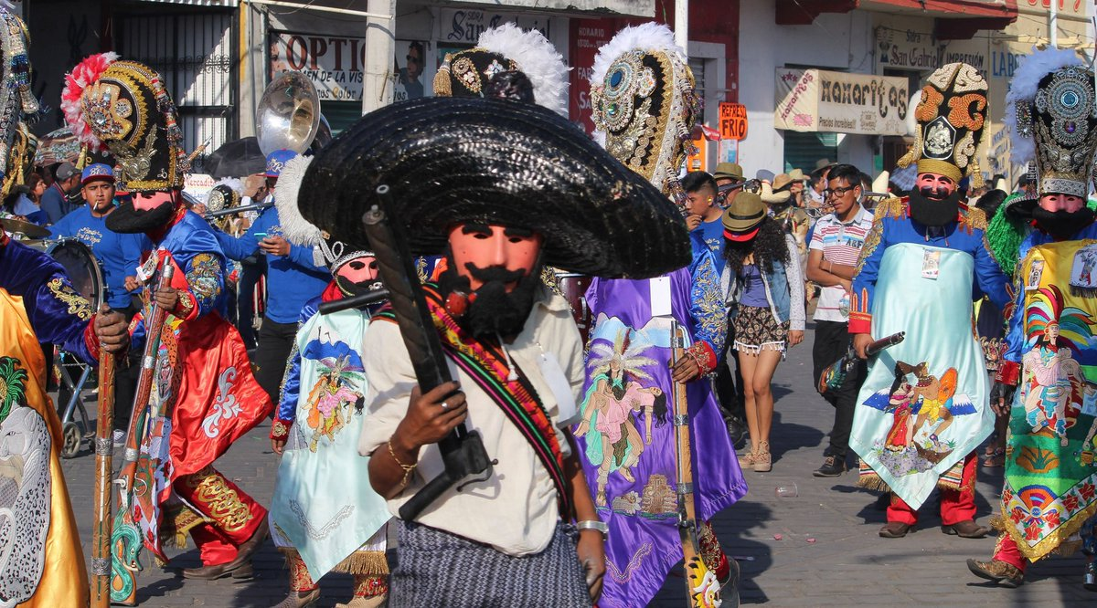 Hoy comienza el carnaval de huejotzingo!!  #Puebla #mexico #huejotzingo #Carnaval #Carnavales2020 #canonphotography #photography #photographylovers #pueblagram #photographyislife #photographerpic.twitter.com/SmEJ1S7nDy