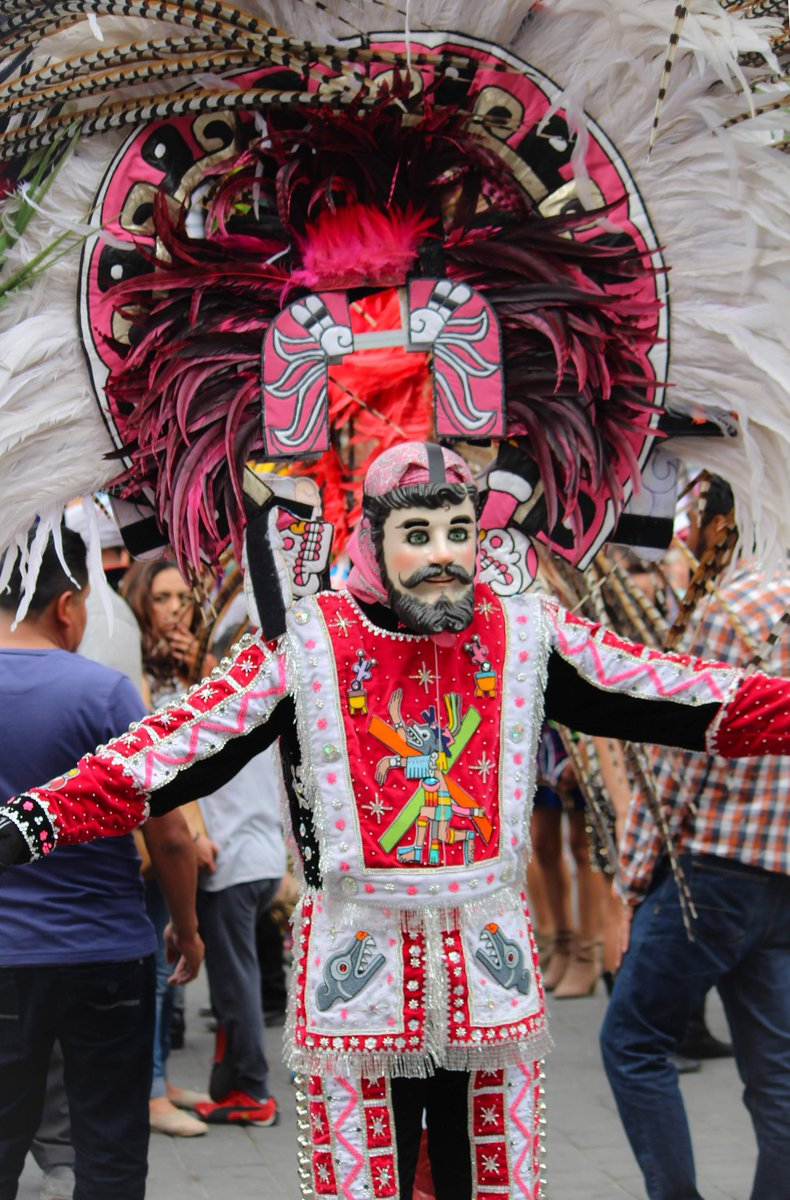 Y también comienza el bonito y divertido carnaval de Tlaxcala  #mexico #Carnaval2020 #Tlaxcala #Carnaval #canonphotography #photographer #photographylovers #PhotographyIsArt #photographyeverydaypic.twitter.com/IGXGsbfh8L