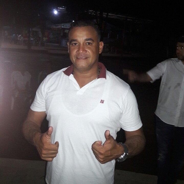 """""""Estoy muy contento con la agrupacion de """"@anadelcastillo Pago bueno y a tiempo,suficientes viaticos y hasta el transporte local nos pagan..""""Ponny Rodriguez"""" pic.twitter.com/LhBRLNFWZm"""
