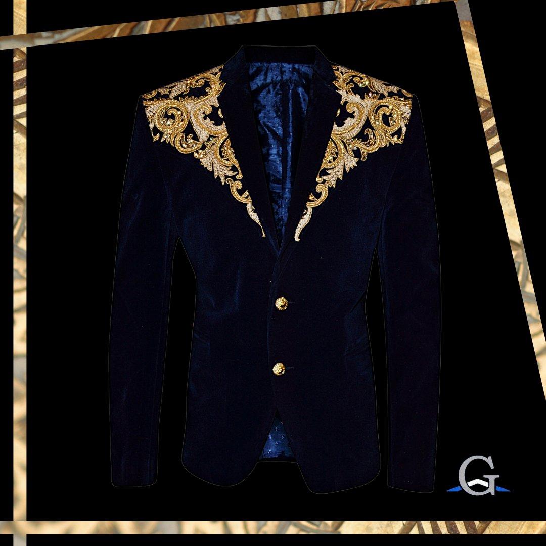 Now the question is what colour trousers do you wear? Gold or blue?  - - - #geetaarts #desiwedding #desi #greenstreet #eastlondon #ilford #stratford #pakistaniwedding #indianwedding #bangladeshiwedding #weddingseason #asianwedding #groomtobe #weddingpic.twitter.com/gDfLigkLlK