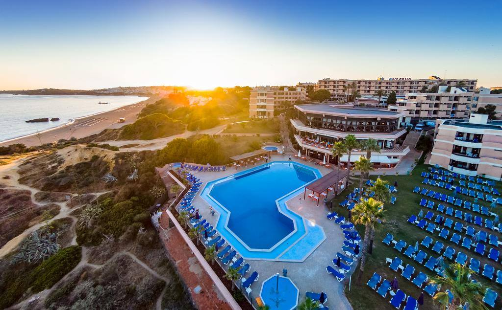 cheeky_trip: 🤩Kids Stay FREE + LOW Deposits⭐️  7 nights all inclusive in Algarve from £249 + Return Flights & Airport Transfers ➡️➡️➡️   #SME #MondayMotivation #TuesdayThoughts #WednesdayWisdom #ThursdayMorning #FridayThoughts #Sat…