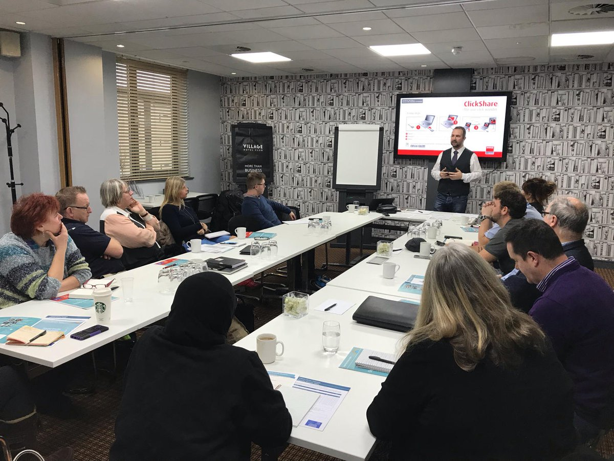 Get practical advice on all things digital at one of #Superfastbiz's free workshops. Topics include digital marketing, social media, SEO, online tools and more http://ow.ly/f3jD50ypvCo  #digitaltraining #freetrainingpic.twitter.com/y6V75fO1tb