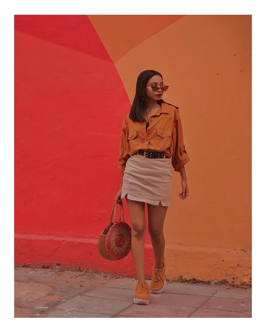 A masterclass in colorblocking: Vaishali Srivastava with our Stuti Vrut bag in concentric red circles. #stutivrut #handbag #bag #slowfashion #ecochic #bloggerpost #blogger #veganproducts #vegan #consciousfashion #sustainablestyle #riti #ritiindia #handcrafted #organic #odishapic.twitter.com/FUtCHhgMth