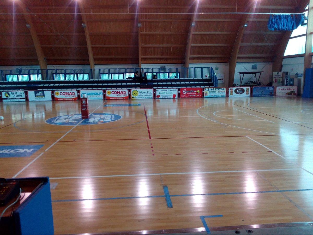 Calcio a 5 femminile: le sfide del fine settimana #CalcioA5Femminile #CalcioFemminile #Futsal https://www.infocilento.it/2020/02/21/calcio-a-5-femminile-le-sfide-del-fine-settimana-2/…pic.twitter.com/9gs9I2l64j