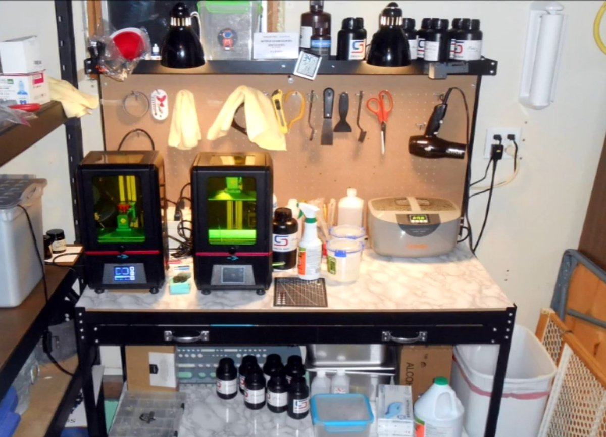 Check out all those Siraya Tech resins in Rob's resin printing setup and workflow video https://www.youtube.com/watch?v=gFLJtrRFGz8… It is a great overview especially if you are new to resin 3D printing. pic.twitter.com/SOn8ThrCl3