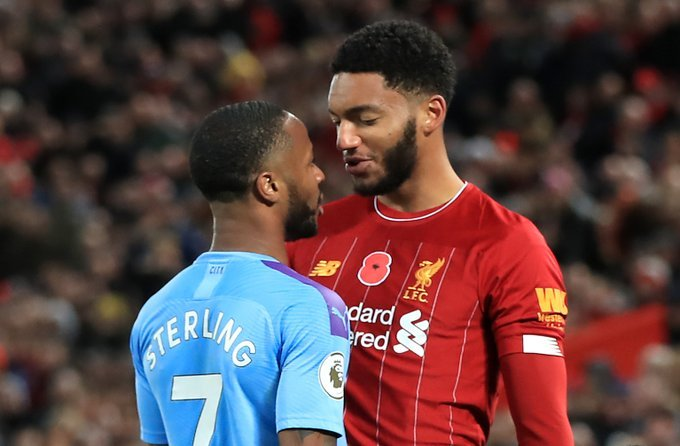 """Raheem Sterling believes Manchester City are not treated with the same respect as Liverpool. """"This year Liverpool win the league & a Liverpool player will win the Player of the Year for sure. We win the league for five times and we were not treated with the same respect. 👀"""
