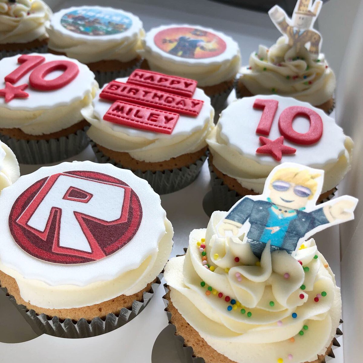 Roblox Birthday Cupcakes Saddleworthbakehouse On Twitter Good Afternoon Roblox Themed Cupcakes For Birthday Girl Miley Goodafternoon Roblox Gaming Robloxcupcakes Cupcakes Birthdaycupcakes Edibleimages Happybirthday 10thbirthday Saddleworth Oldham Baking Https