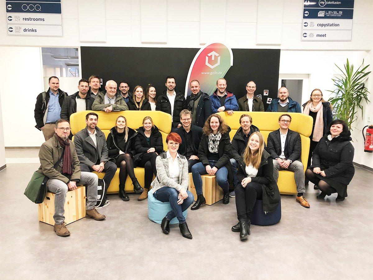 Erfahrungsaustausch, Netzwerken, Zukunftsarbeit  Workshop-Time der bayerischen digitalen Gründerzentren mit @BayStMWi und #Gründerland #Bayern im @ITC1_Deggendorf. Danke für die tolle Orga an das ITC1-Team #digitalisierung #gründung #vernetzung #startup #gründergeistpic.twitter.com/0zCleu4Ec7