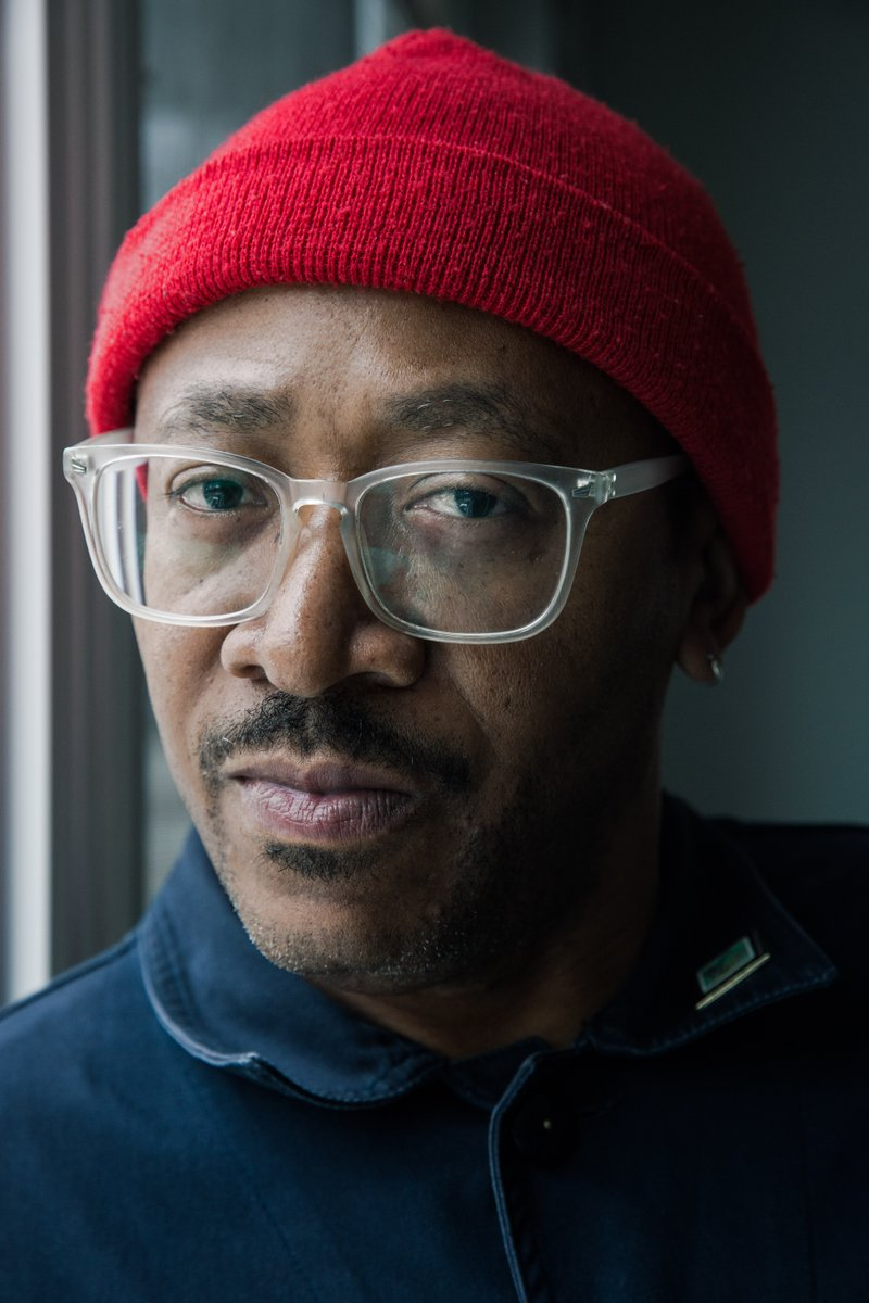 Up next: We continue our ongoing series #chisoundslike shining spotlight on folks who do great things for this city. Today we'll hear from artist and designer @normteague  Tune in:  91.1FM  http:// vocalo.org/player      Vocalo app<br>http://pic.twitter.com/mXPWE5vOk1