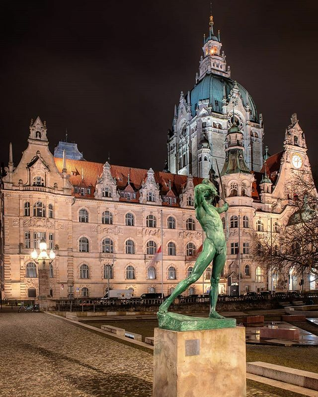 Hannover ⁣ ⁣ #traveltheworld #traveldrops #europetravel #europe_gallery #germany_greatshots #germanytourism #alluring_deutschland #deutschlandkarte #moodygrams #best_worldplaces #besteuropepics #beautifuldestinations #hello_worldpics #instravel #nik… https://ift.tt/2SWJvGk pic.twitter.com/xI9zs1yPCf