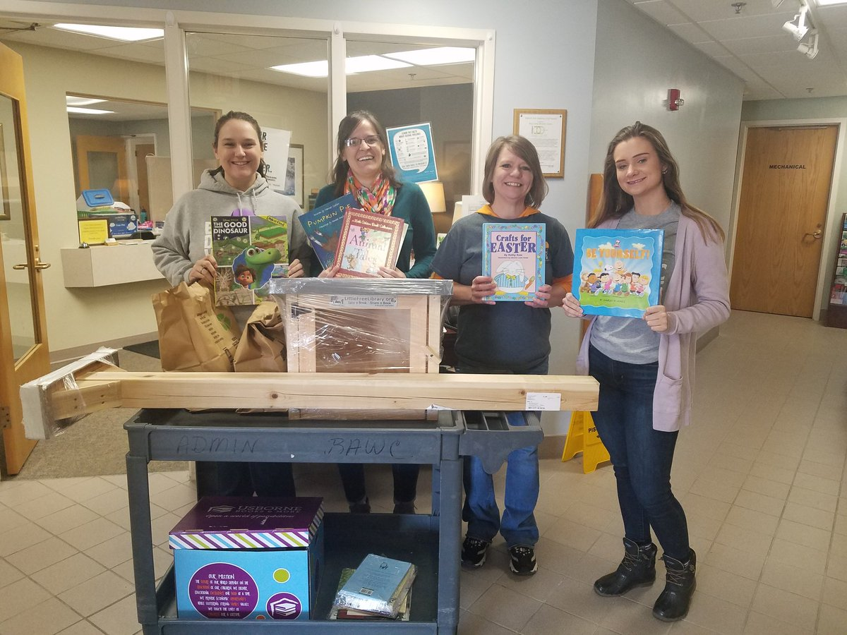 Another Little Free Library has a home at the Bay Area Women's Center! Thanks to Lindsay and the other ladies on the team for your partnership. Made possible though funds from the Bay Area Community Foundation. #michiganliteracy #baisdchampion #bookaccessforall<br>http://pic.twitter.com/QdjkUTQ8vW