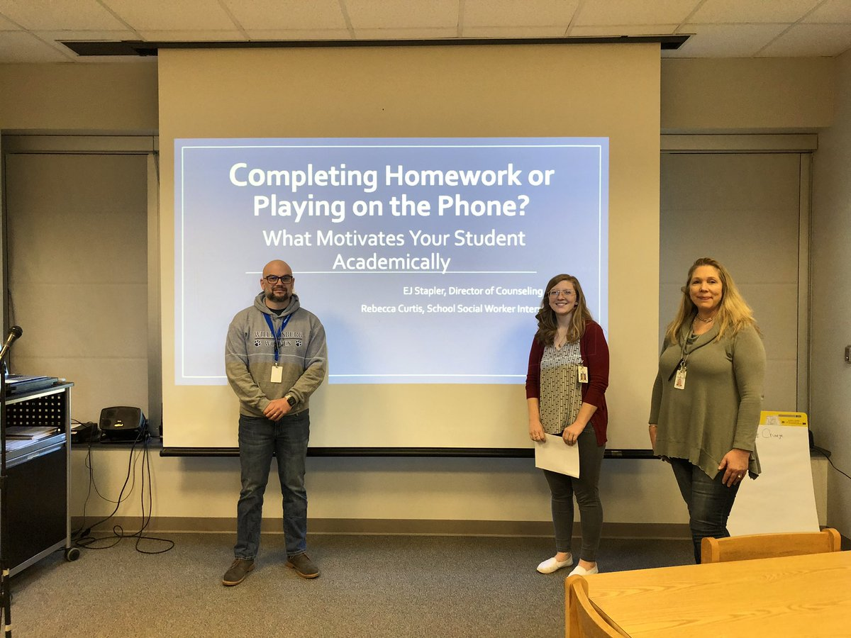 """WMS Parent Coffee discussing """"Completely homework or playing on the phone?""""  <a target='_blank' href='http://search.twitter.com/search?q=belivein'><a target='_blank' href='https://twitter.com/hashtag/belivein?src=hash'>#belivein</a></a>  <a target='_blank' href='http://twitter.com/BoykinBryan'>@BoykinBryan</a> <a target='_blank' href='http://twitter.com/APSVirginia'>@APSVirginia</a> <a target='_blank' href='http://twitter.com/WilliamsburgCSD'>@WilliamsburgCSD</a> <a target='_blank' href='https://t.co/4W5iyHlIEp'>https://t.co/4W5iyHlIEp</a>"""
