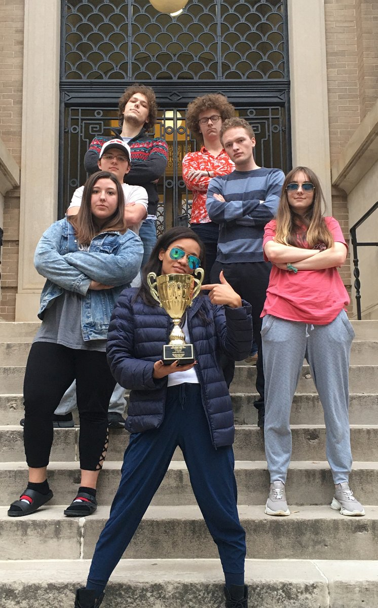 Best of luck to the UM Ethics Bowl team this weekend as they compete in the @APPEOnline Intercollegiate Ethics Bowl national competition. These amazing @OleMissRebels students are already winners of the 2019 Mid-Atlantic Regional Ethics Bowl.  Read more: http://bit.ly/2SLWVGipic.twitter.com/SkTkKkP4q5