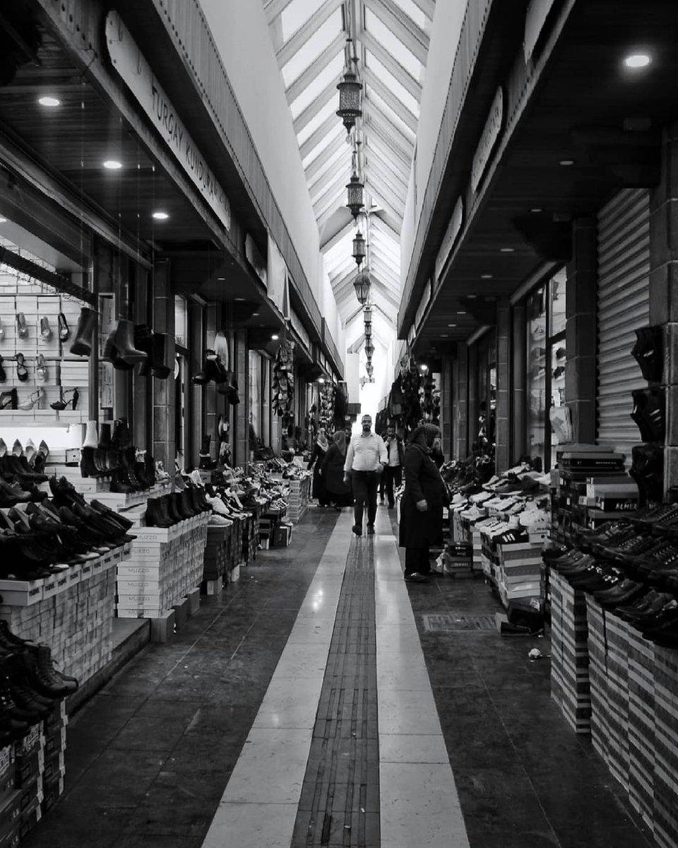 Çarşıya Şewiti (Ayakkabıcılar Çarşısı) Fotoğraf: Neriman A. #Diyarbakır #Travel #Culture #Unesco #Tourism #Guide