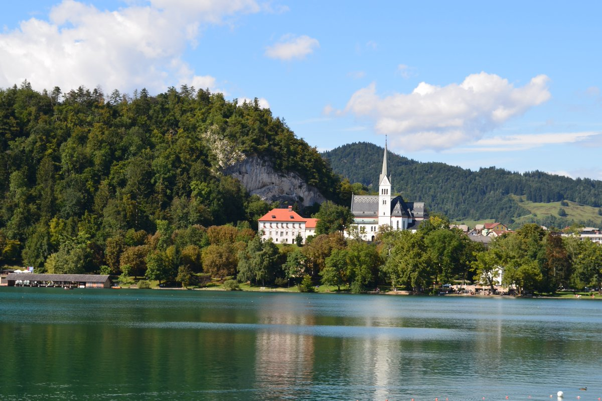 Boat Swimming and Paragliding from the Vogel Mountains -   #travel #lookatourworld #travelbloging #travelbloggers #travelslovenia #lakebled #vogalmountain