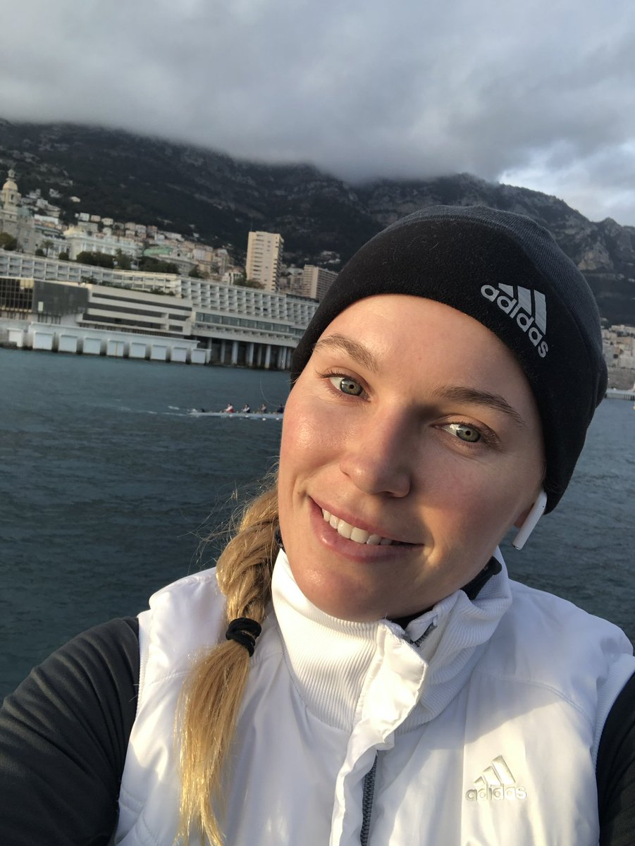I was struggling big time on my run today! This picture was a good excuse to stop and take a little break 😂 #nofilter #monaco