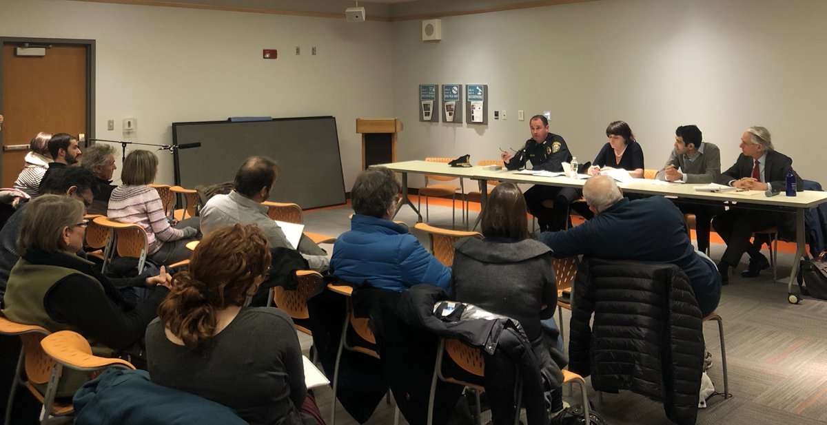 Thanks to all who attended our event last night. It was wonderful to see members of the community come together for an engaging discussion related to immigration. Special thanks to @DAMarianRyan @WatertownPD @goodwinlaw @WatertownPubLib https://t.co/nMCrGtPI5H https://t.co/PgKk2PUaYr
