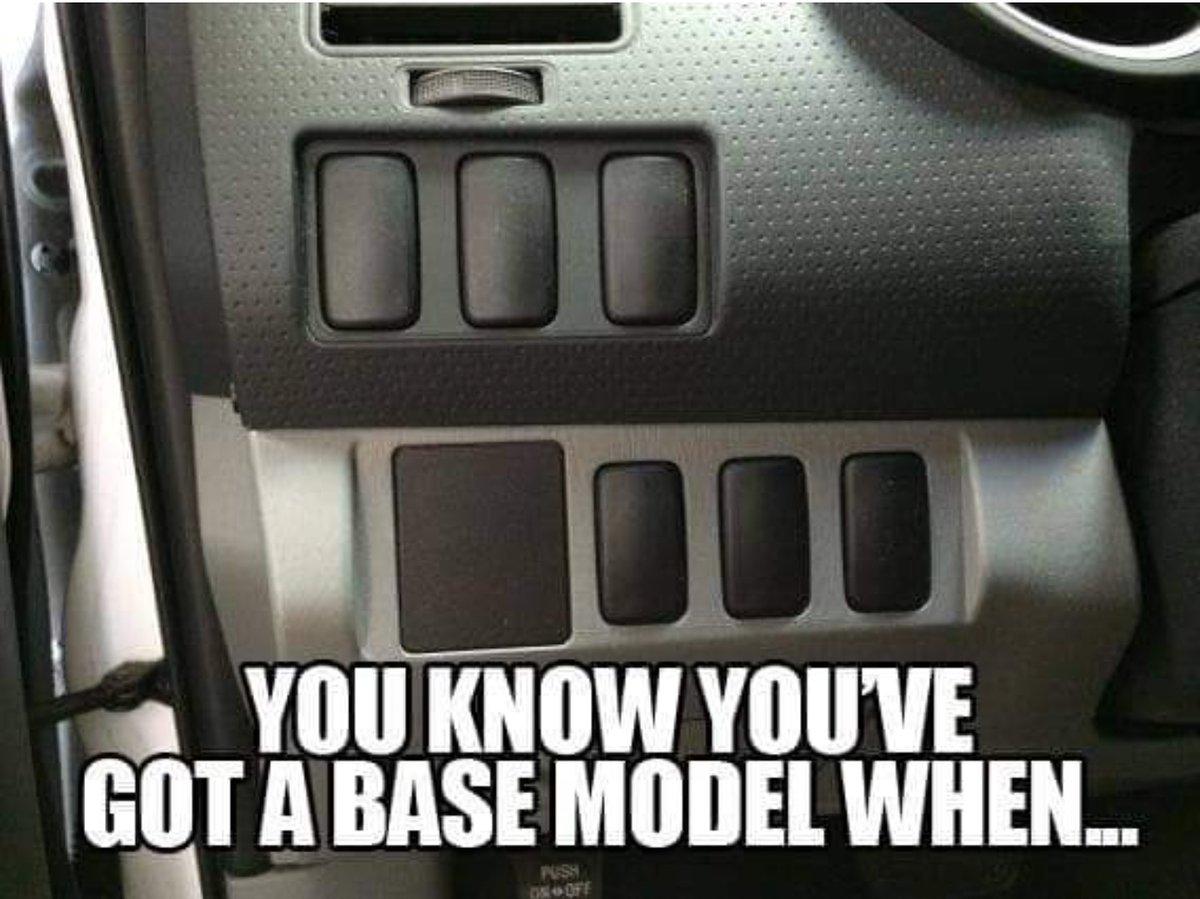 So so true #baselevel #entrylevel #trim #carsales pic.twitter.com/JRrF4sLLC7