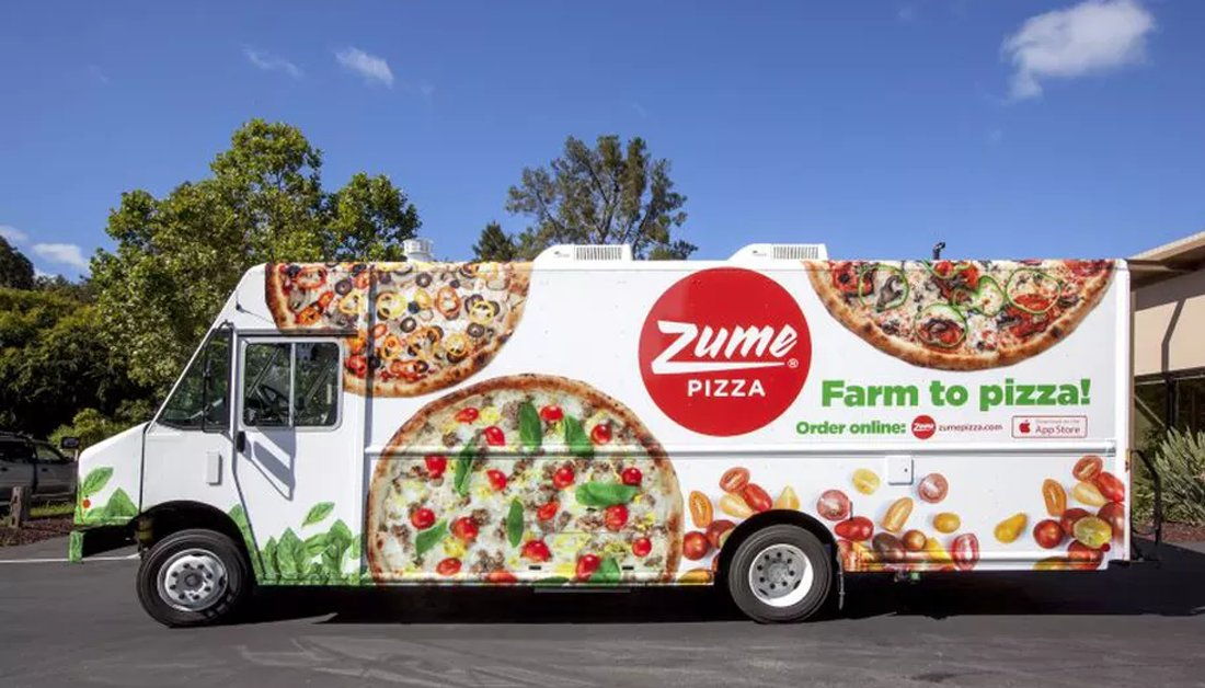 [WEEKEND READ]   There are interesting startups, there are less-interesting startups.   Then there was Zume:pizzas-made-by-robots-and-cooked-during-delivery startup.    Their sad story:  https:// bit.ly/32gJTnF      #StartupStories #Startup<br>http://pic.twitter.com/fFWFXE7dYu