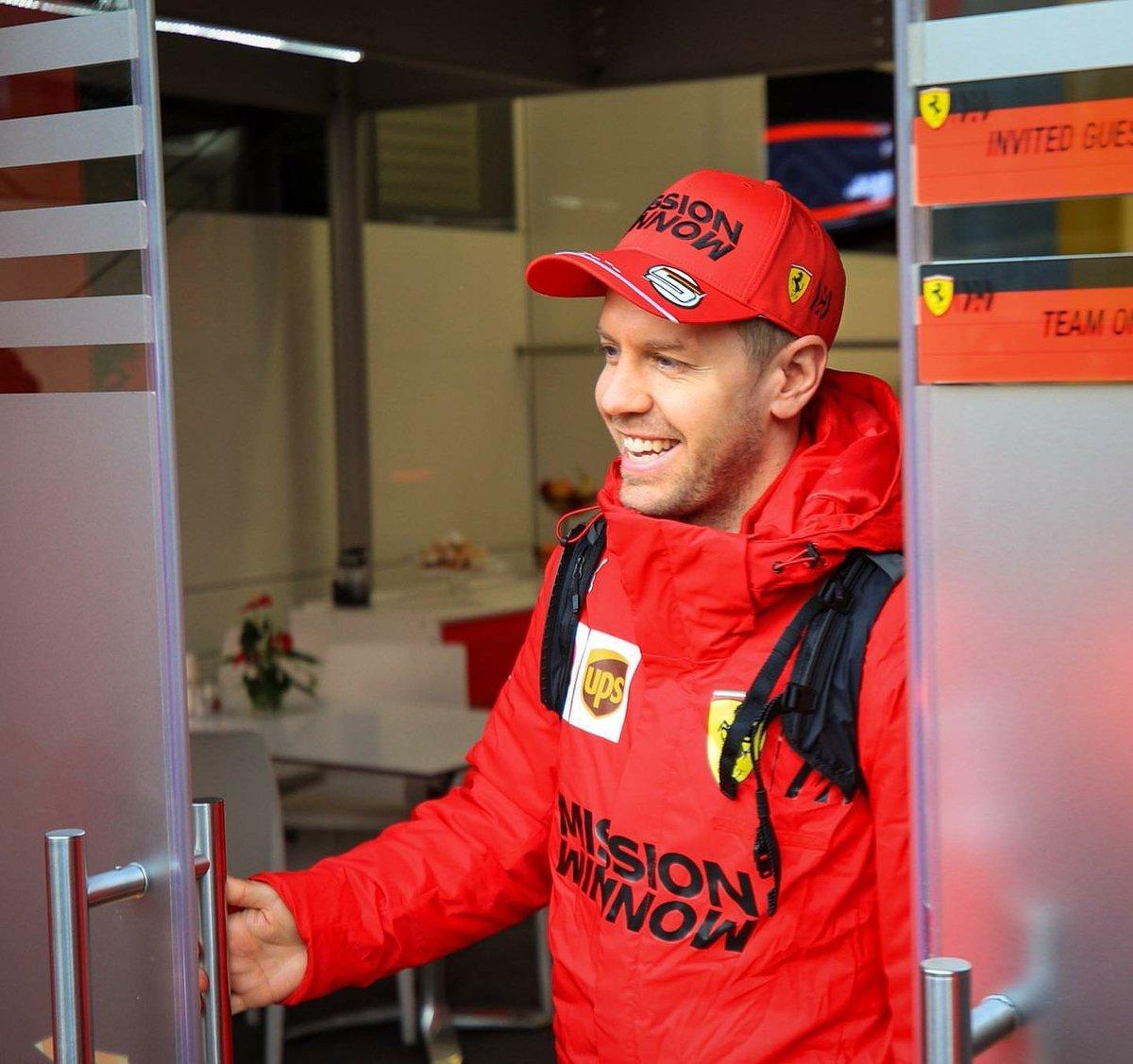 C'est la fin de la 1 ère session d'essais à Barcelone 🏁  #Seb5 se classe P13 avec un 1.18. 384 et 100 tours effectués malgré une panne ce matin 👊  #Formula1 #Formule1 #F1 #F12020 #CL16 #Charles16 #Leclerc16 #Ferrari #essereFerrari #Leclerc #F1Testing #Vettel