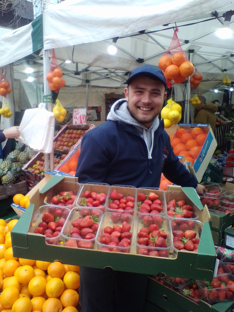 Very good drop rate #busking #Chelmsford Friday market with free strawberries from appreciative fruit seller. His cheerful call-out today: 'Get your pancakes in for Lemon Day!' <br>http://pic.twitter.com/Xrpo7cwYoy