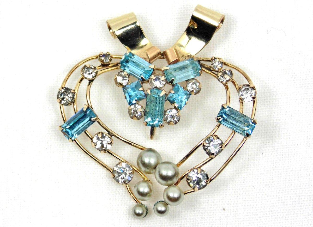 Rhinestone Heart Brooch, M&S Jewelry, 1940's Brooch, Rhinestones and Faux Pearls  #pottiteam #HeartPendant