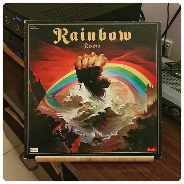 Listening to this classic from Rainbow after ages... with a huge grin on my face  Absolute cracker of an album! . . . #rainbow #rising #nowspinning #hardrock #japanesepressing #reissue #recordoftheday #recordcollectionpost #recordcollection #recordc… https://ift.tt/2HKfxjLpic.twitter.com/vOplUzTbQS
