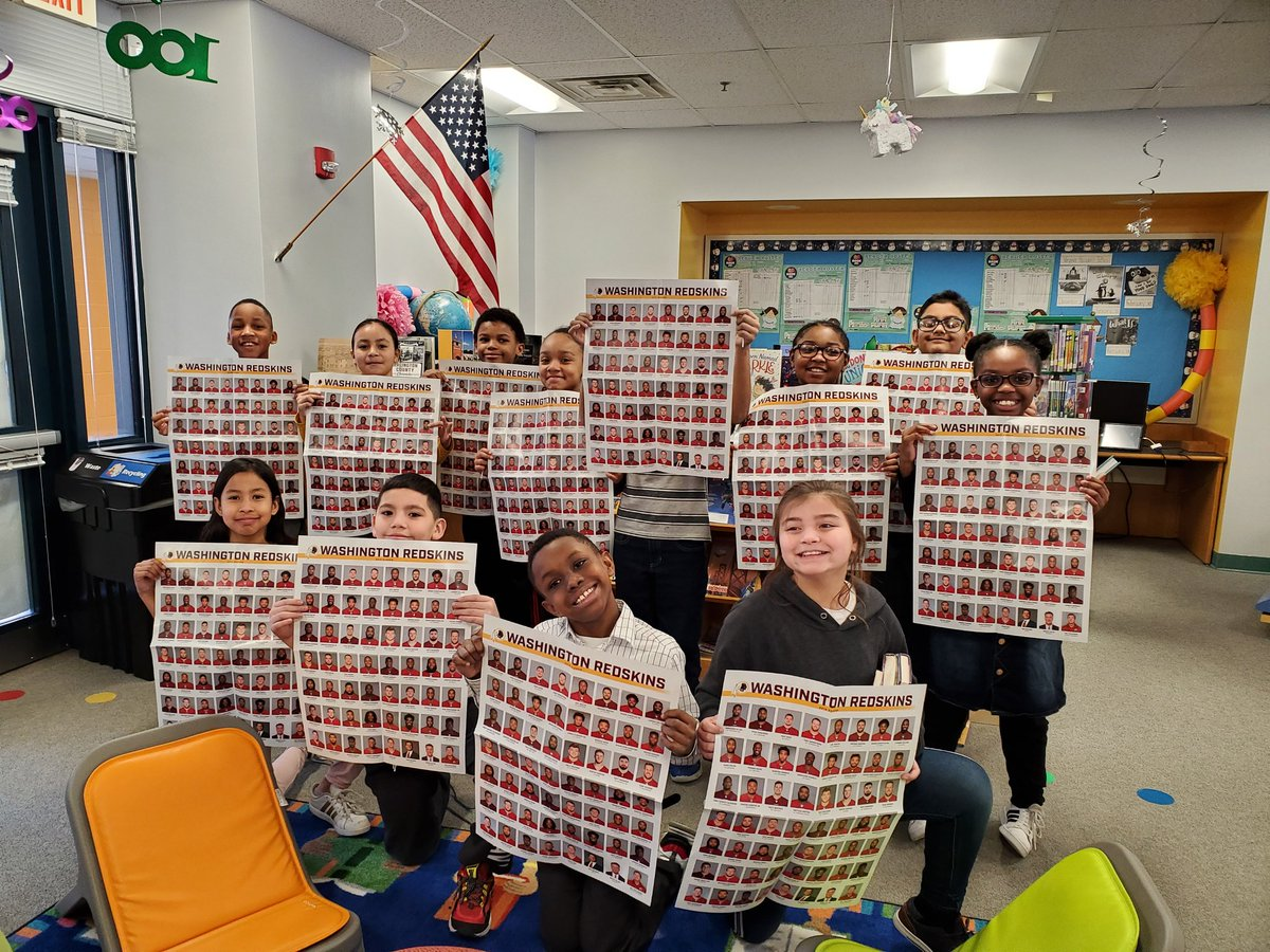 A winning reading team!  Go Arl, Va's Dr. Charles R. Drew Elem's  Ms. Harvey and Mr. T's fourth graders.<a target='_blank' href='http://twitter.com/Redskins'>@Redskins</a> <a target='_blank' href='http://twitter.com/RedskinsRead'>@RedskinsRead</a> <a target='_blank' href='http://twitter.com/MrsBlackatDrew'>@MrsBlackatDrew</a> <a target='_blank' href='http://twitter.com/APSDrew'>@APSDrew</a> <a target='_blank' href='http://twitter.com/GravesKimberley'>@GravesKimberley</a> <a target='_blank' href='http://twitter.com/APTracyG'>@APTracyG</a> <a target='_blank' href='https://t.co/u0W2k7vypv'>https://t.co/u0W2k7vypv</a>