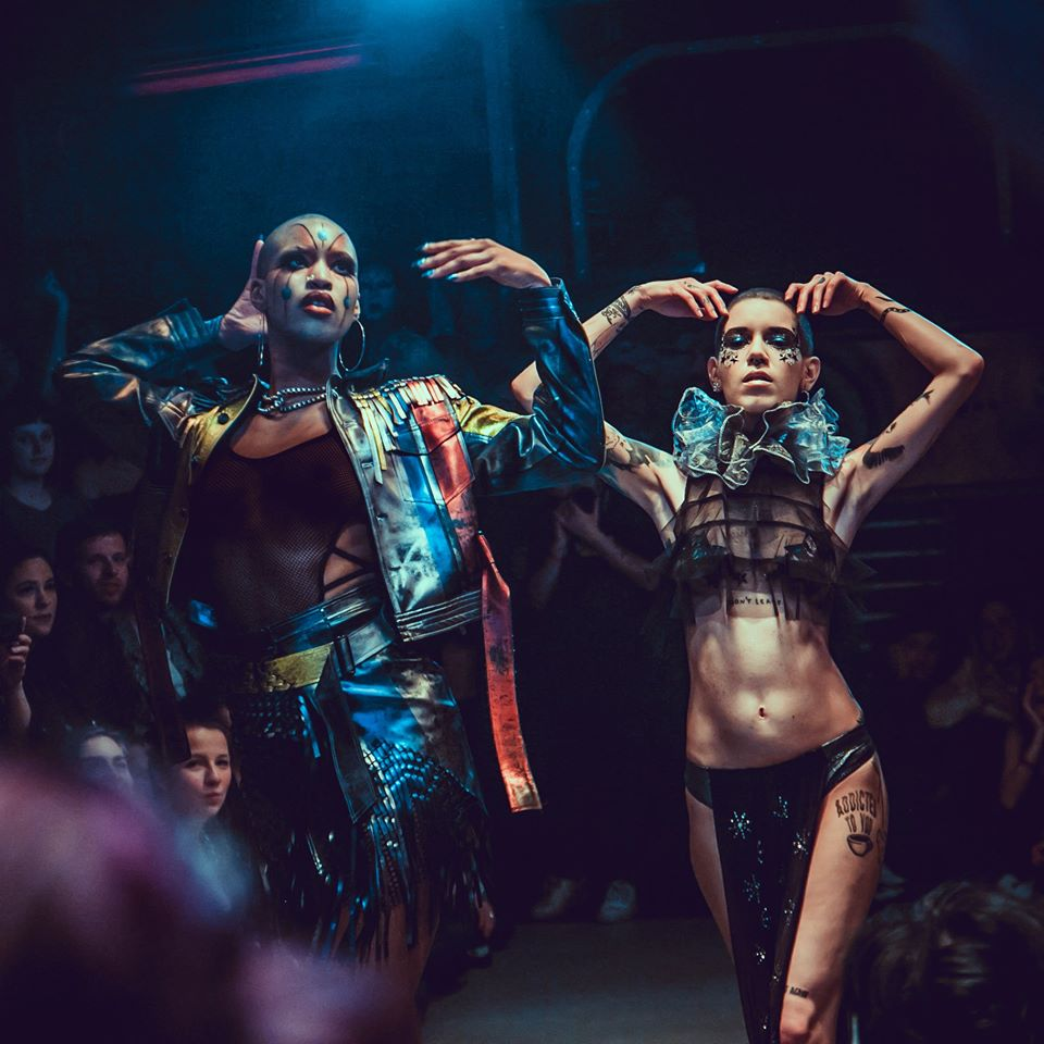 @gmfberlin VOGUE Night hosted by LaQuéfa 007 SUNDAY 23rd FEB ✶ Doors 20:00 ✶ Runway 21:30 ➽ GMF Party 23:00  Location @RitterButzke #gmfberlin #gay #gayberlin #gayparty #vogue #vogiung #voguingball #kikiballroom #SundayFunday  #goingoutonsundaypic.twitter.com/KL6xSZG5q3